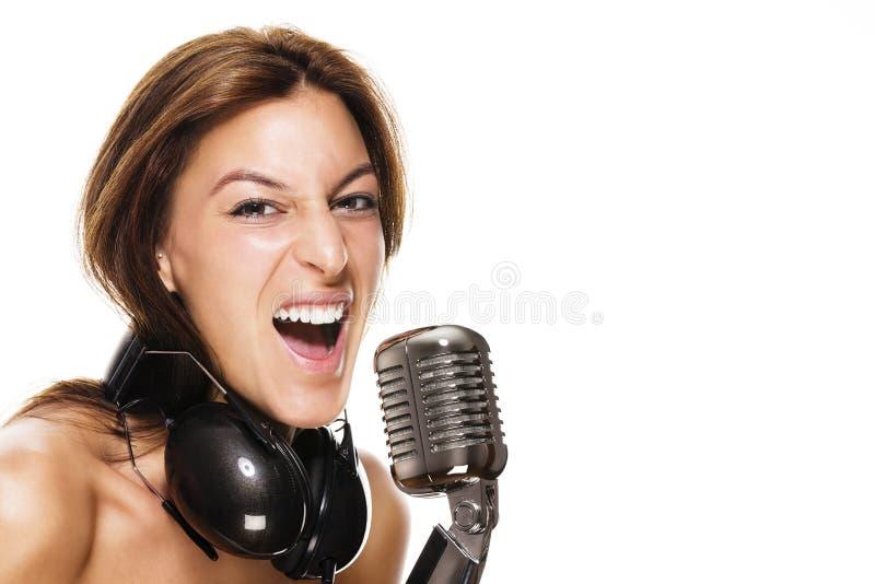 Młody żeński piosenkarz zdjęcia stock