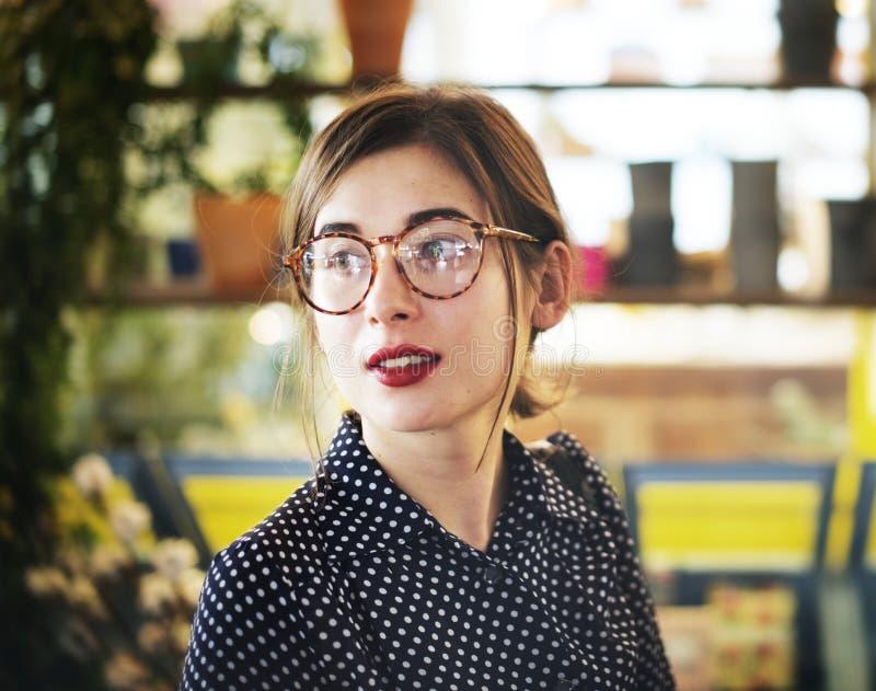 Młody Azjatycki kobieta krótkopęd fotografia royalty free