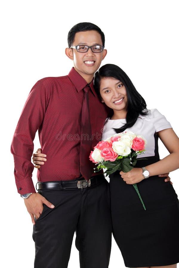 Młody Azjatycki para portret, odizolowywający na bielu zdjęcia stock