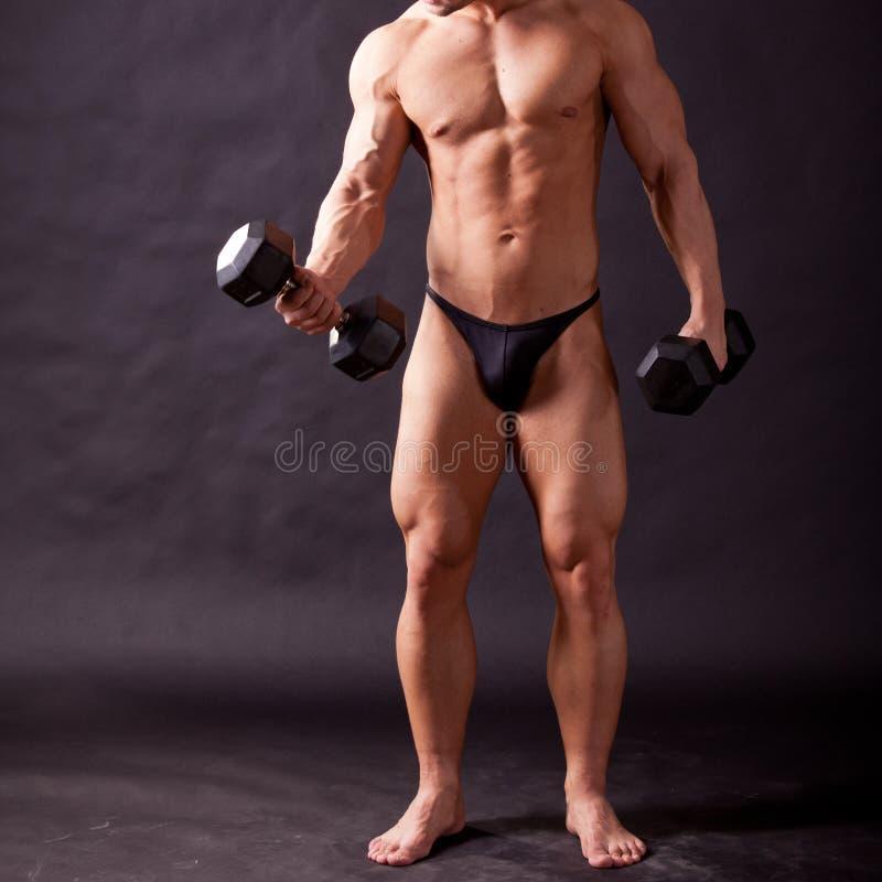 Młody bodybuilder traininig fotografia royalty free