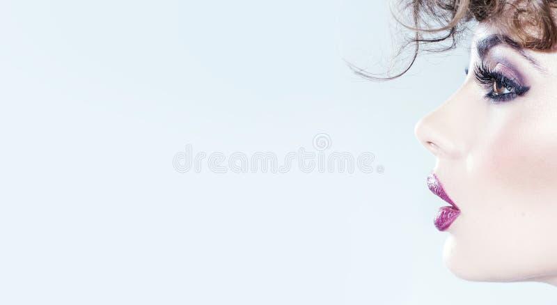 Młody cutie z galanteryjnym makijażem fotografia stock