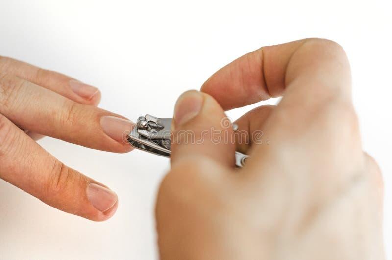 Młody człowiek robi manicure'owi fotografia fotografia royalty free