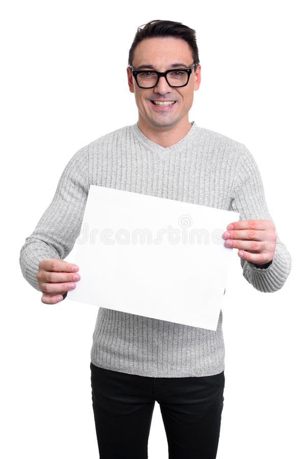 Młody człowiek trzyma pustą białą deskę, odosobnioną zdjęcie royalty free