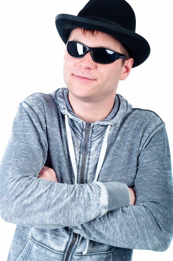 Młody człowiek z kapeluszem obrazy royalty free