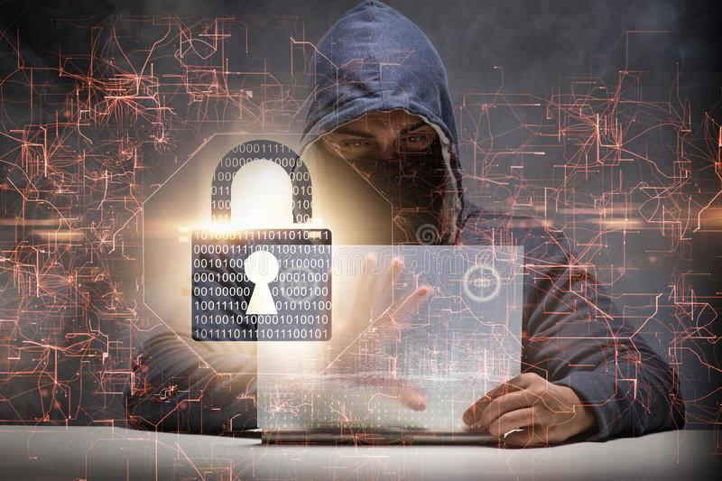 Młody hacker w cybersecurty pojęciu zdjęcia royalty free