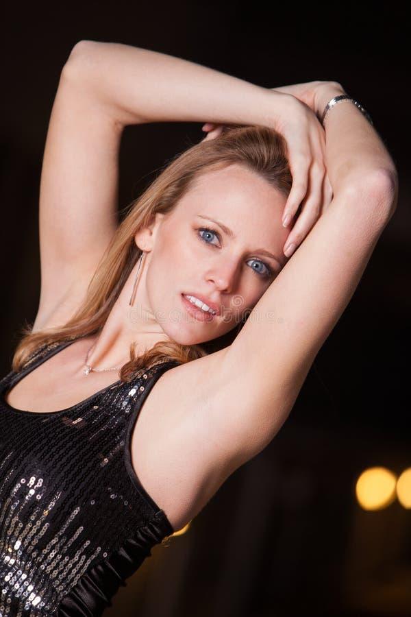 Młody i piękny blond caucasian bizneswoman zdjęcia royalty free