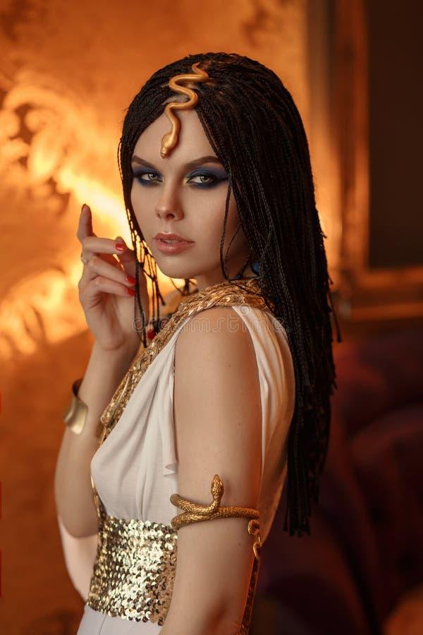 Młody i uwodzicielski Cleopatra zdjęcia royalty free