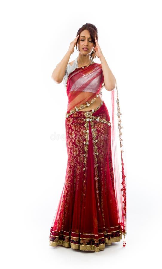 Download Młody Indiański Kobiety Cierpienie Od Migreny Zdjęcie Stock - Obraz złożonej z ręki, folował: 41951738