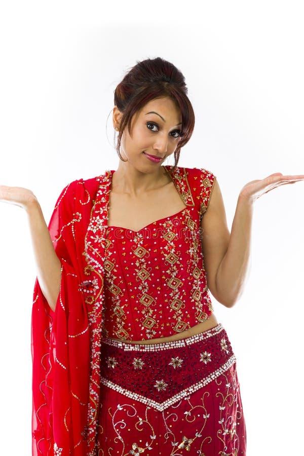 Download Młody Indiański Kobiety Wzruszać Ramionami Obraz Stock - Obraz złożonej z fryzury, etnocentryzm: 41952237