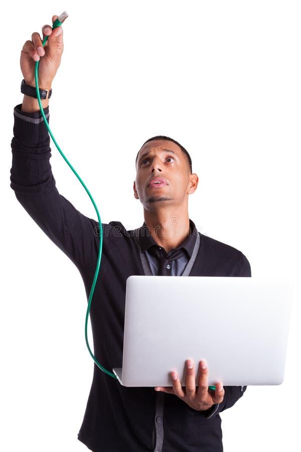 Młody komputerowego naukowa gniazdko wtyczkowe etherneta drut zdjęcia royalty free