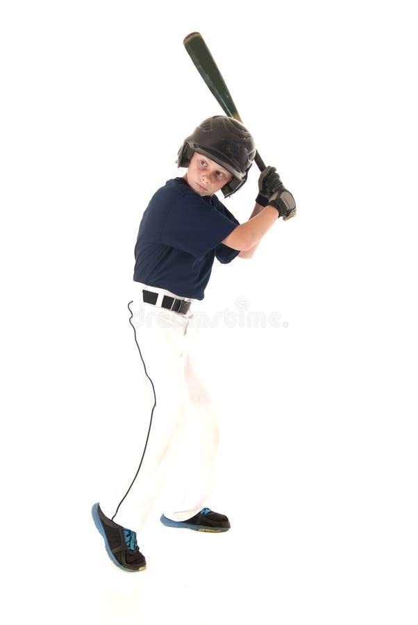 Młody leworęczny gracz baseballa przy nietoperzem obraz stock