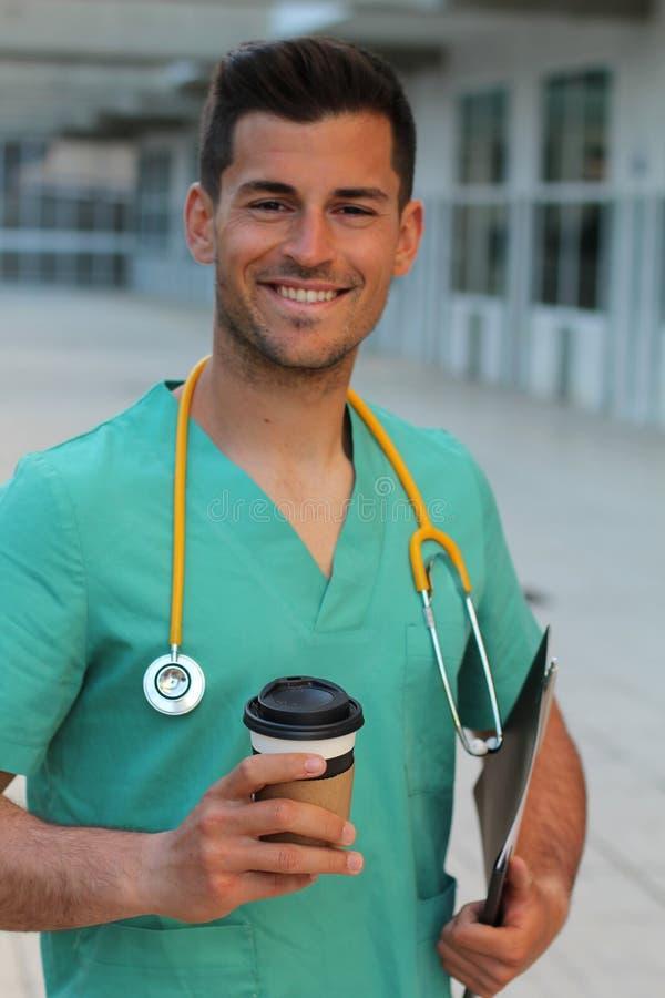 Młody męski pielęgniarki ono uśmiecha się zdjęcia royalty free