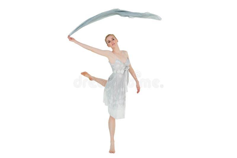 Młody piękny żeński tancerz z błękitnym szalikiem obrazy stock