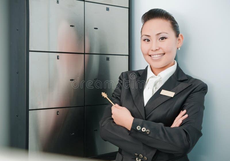Młody piękny banka pracownik obrazy royalty free