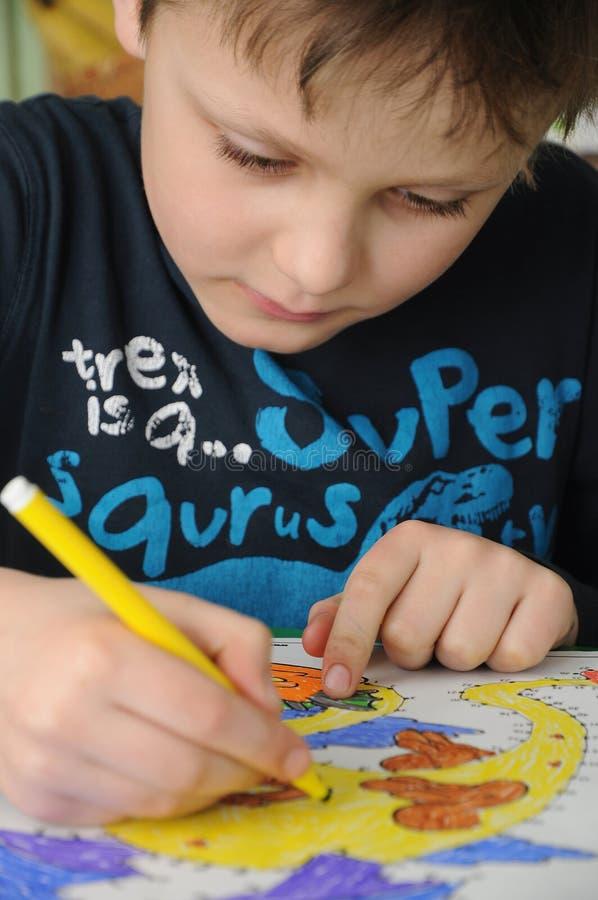 Młody preschooler rysunek zdjęcie stock