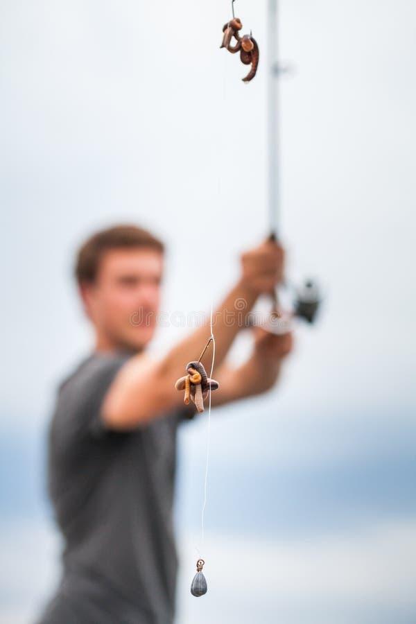 Młody rybaka połowu nagład obraz royalty free