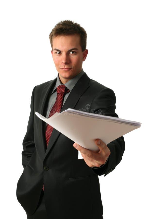 młodzi biznesmenów dokumenty zdjęcia stock