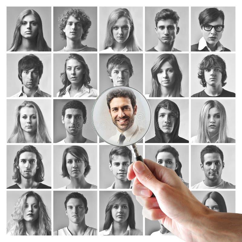Młodzi człowiecy i kobiety obrazy stock