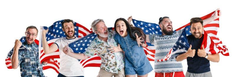 Młodzi ludzie z flagą Stany Zjednoczone Ameryka obraz royalty free
