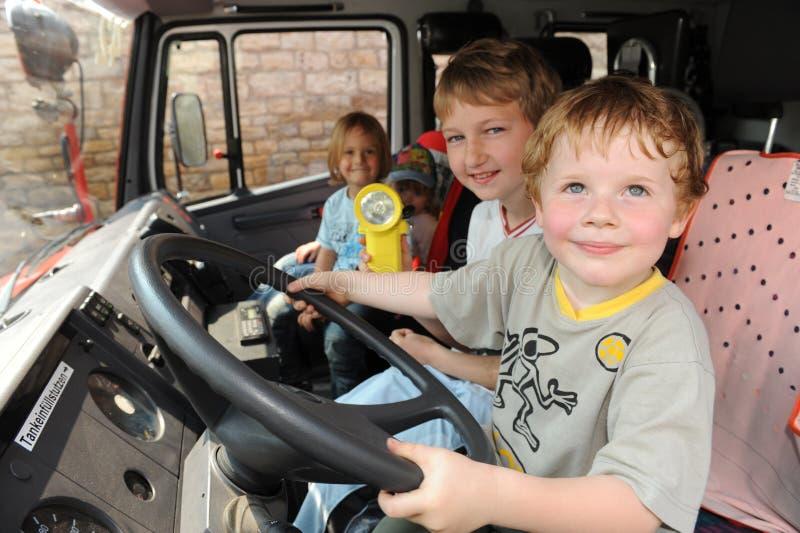 Młodzi strażacy zdjęcia royalty free