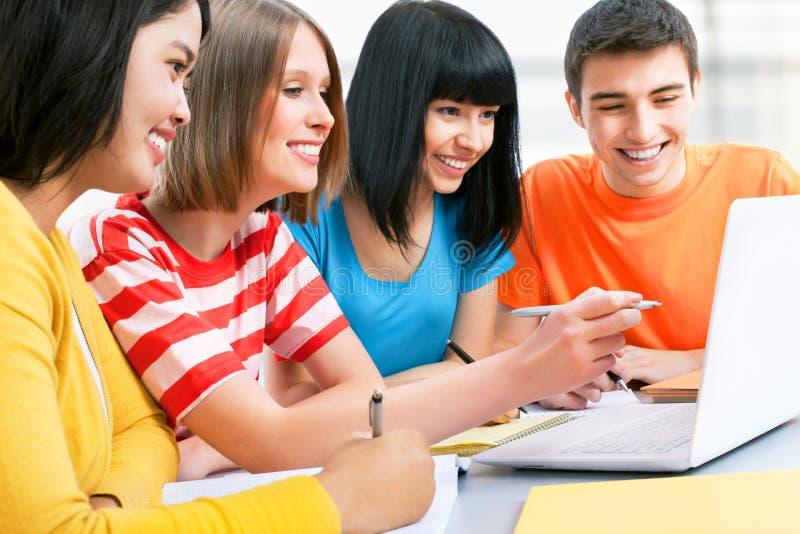 Młodzi ucznie zdjęcia stock