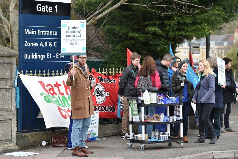 Młodzieżowy lekarka strajk zdjęcie stock