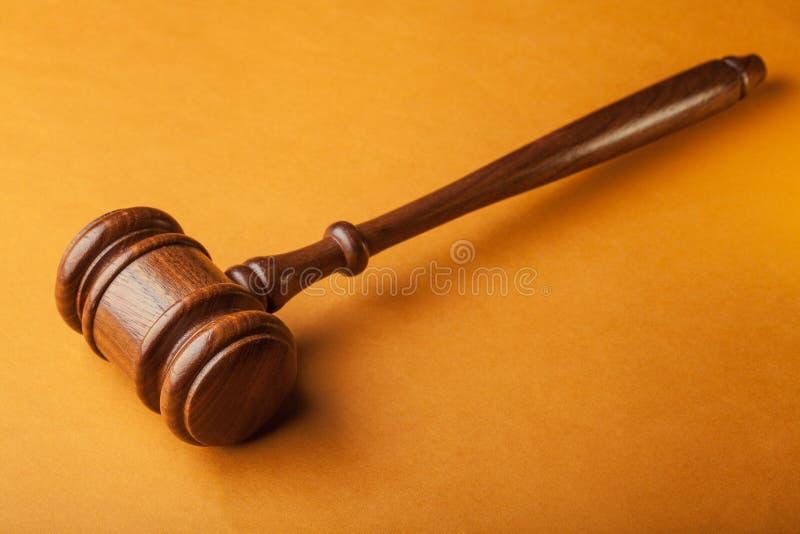 młoteczka sędziego fotografia realistyczna obrazy stock