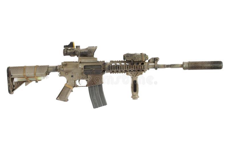 M4 con le forze speciali del soppressore rapinano isolato su un fondo bianco immagine stock libera da diritti