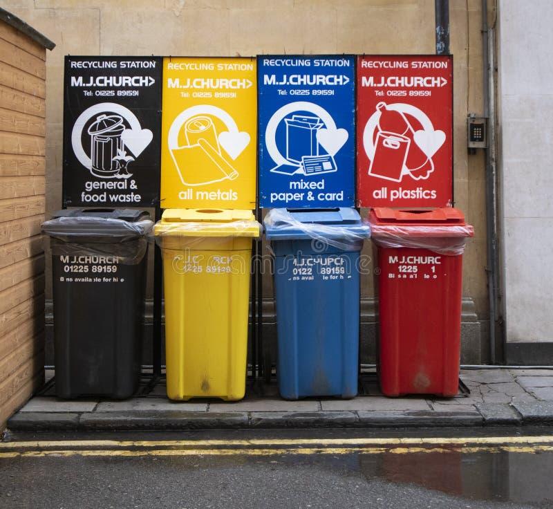 M. J Chiesa che ricicla stazione nel centro urbano del bagno fotografia stock libera da diritti