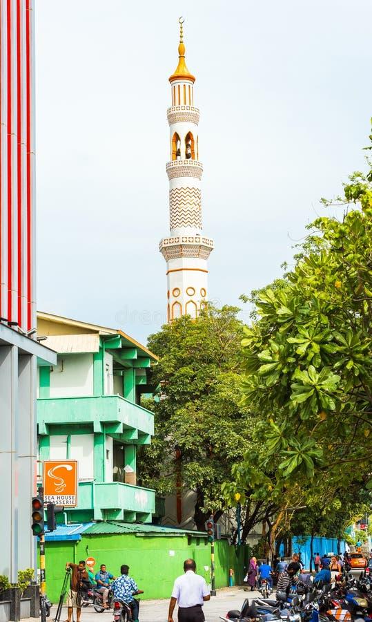 MÂLE, MALDIVES - NOVEMBRE, 27, 2016 : Vue du bâtiment de la mosquée Copiez l'espace pour le texte vertical photographie stock libre de droits