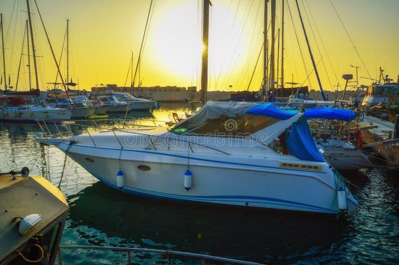 M?me le vieux port de Jaffa au coucher du soleil du jour T?l?phone Aviv Yafo Israel image stock