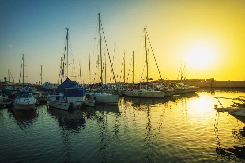 M?me le vieux port de Jaffa au coucher du soleil du jour T?l?phone Aviv Yafo Israel images libres de droits