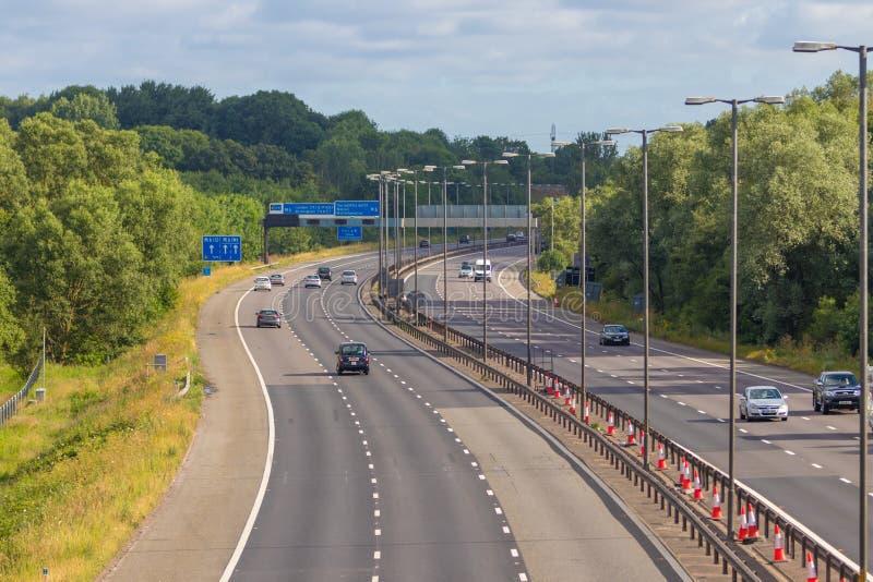 M-motorway nära West Bromwich, Birmingham, UK royaltyfria bilder