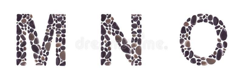 M-, n- und O-Buchstaben gemacht von den Strandsteinen lokalisiert auf weißem Hintergrund stockfotografie
