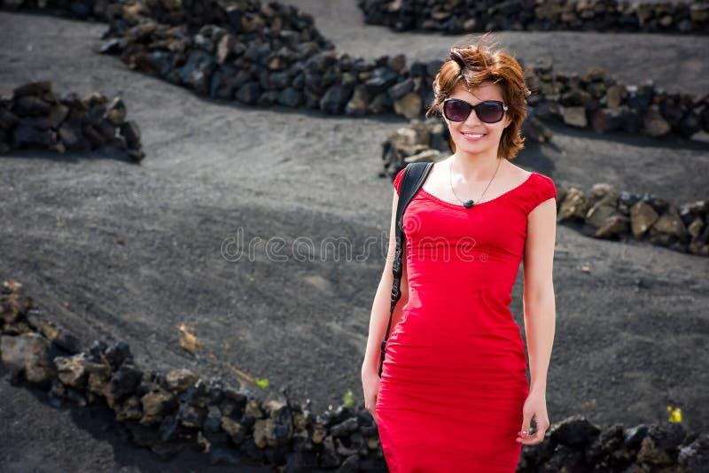 Download Młoda Kobieta W Wieczór Czerwieni Sukni Obraz Stock - Obraz złożonej z suchy, model: 53792381