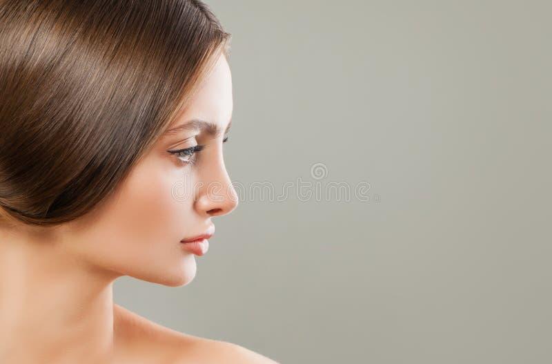 M?oda Perfect kobieta Kobieta profil obraz stock