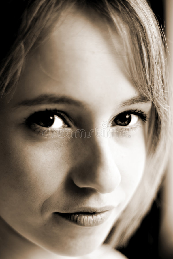 Download Młode Kobiety Obrazy Stock - Obraz: 465174