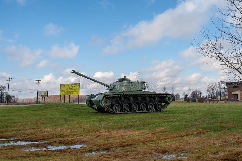 M48 Patton Army Tank på skärm royaltyfria foton