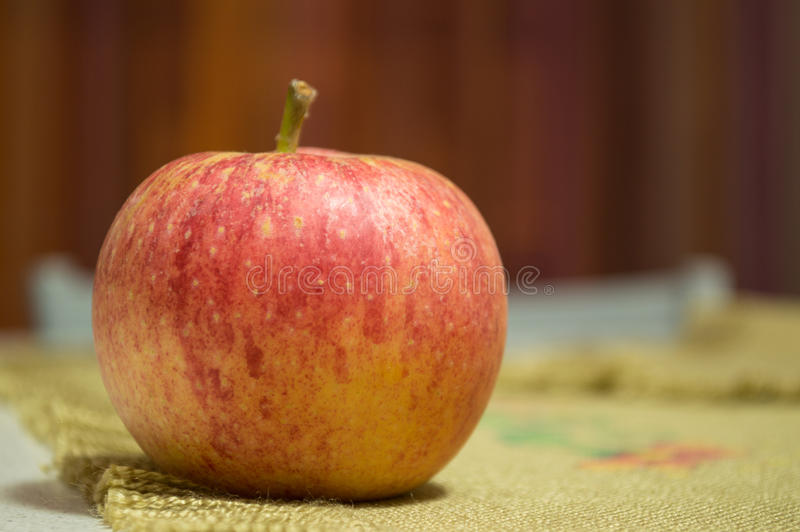A maçã imagem de stock