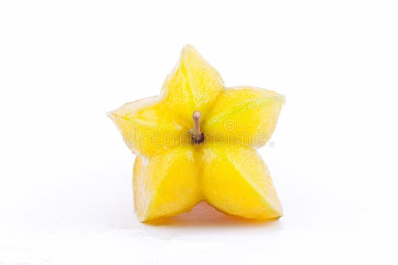 maçã madura do carambola ou de estrela do fruto de estrela & x28; starfruit & x29; no alimento saudável do fruto do fundo branco  imagem de stock royalty free