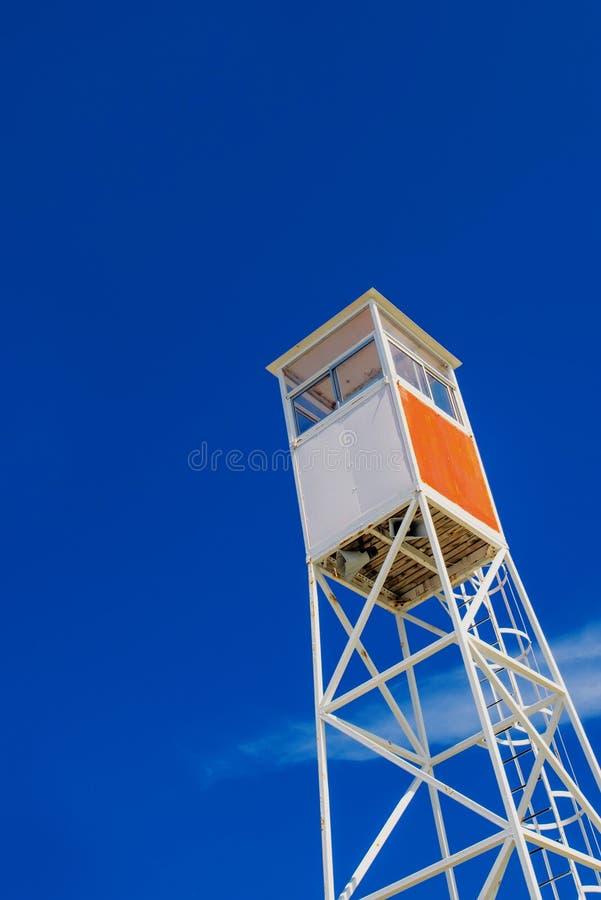 Maître nageur côtier Watchtower de bord de la mer photos libres de droits