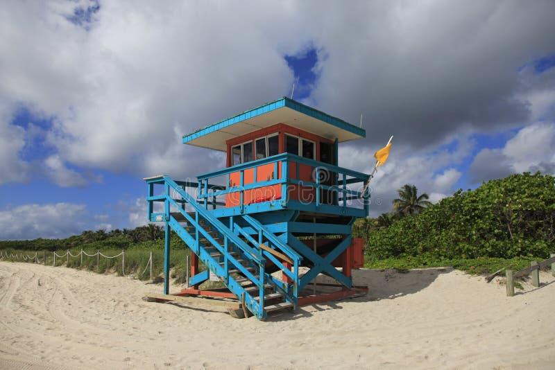 Maître nageur Stand, plage du sud Miami, la Floride image libre de droits
