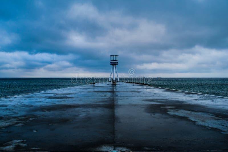 Maître nageur Tower dans Klampenborg, Danemark photographie stock