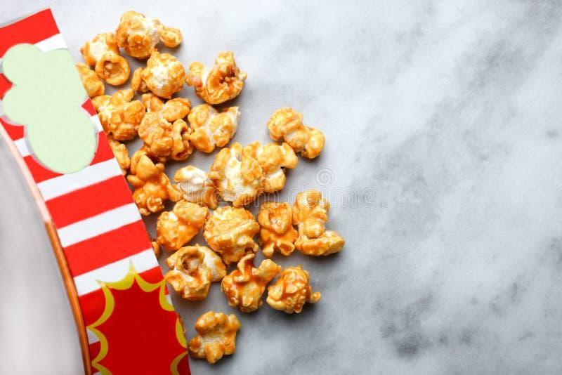 Maïs éclaté doux de caramel photographie stock libre de droits