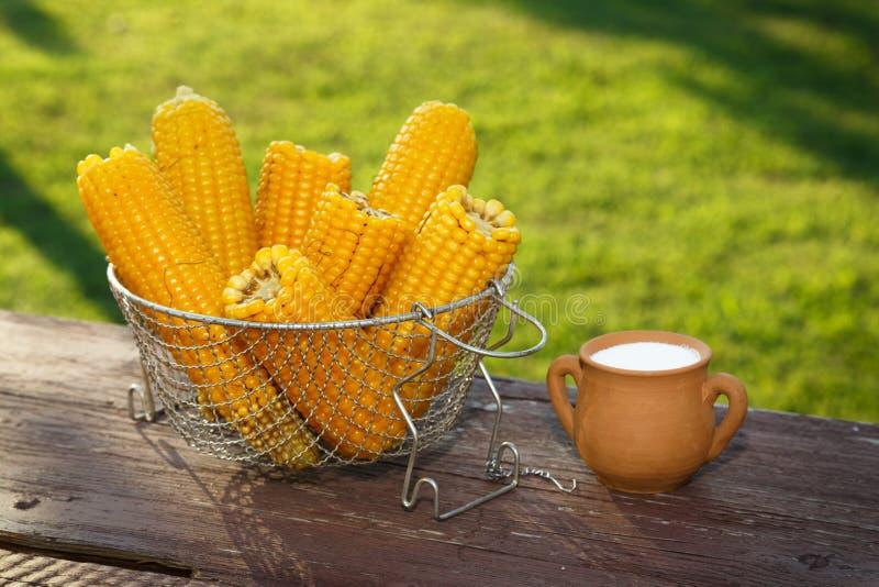 Maïs cuit images libres de droits