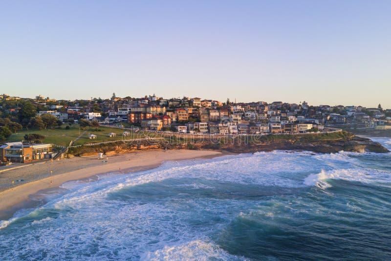 Mañana de la playa de Bronte imágenes de archivo libres de regalías