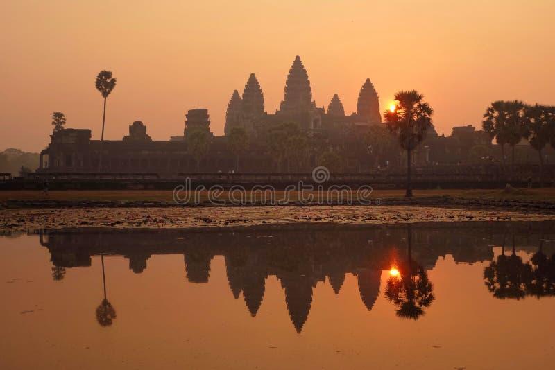 Mañana en Angkor Wat fotografía de archivo libre de regalías