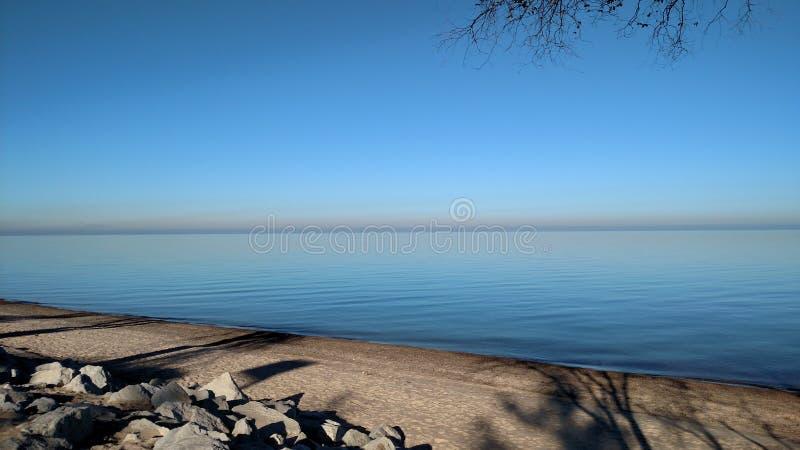 Mañana en el lago Michigan imagenes de archivo