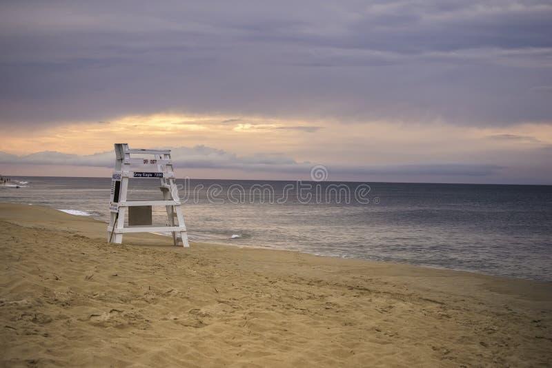 Mañana en la playa en cabeza de las quejas foto de archivo
