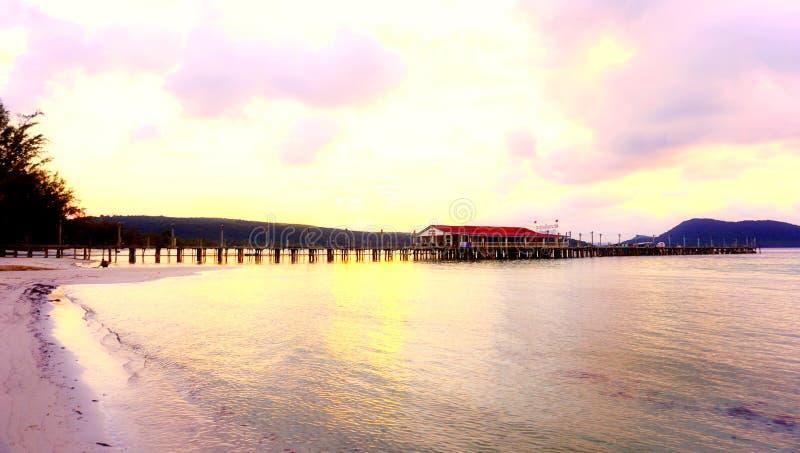 Mañana en la playa del kohrong imágenes de archivo libres de regalías